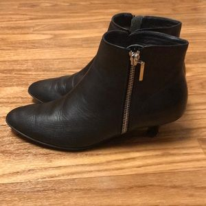 Beautifeel Blk Kitten Heel Booties Made in Israel
